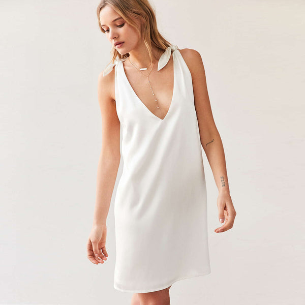 Chicloth Simply Sexy V-neck White Mini Dress