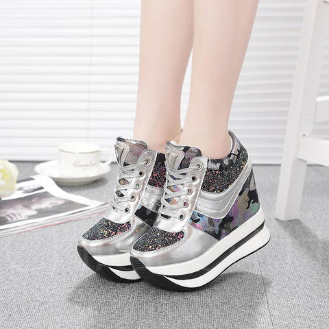 A| Chicloth Camouflage Patchwork Sequin Platform Lace Up Women's Sneaker