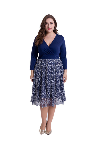 Chicloth Deep V-Neck Long Sleeve Print Plus Size Dress - Chicloth