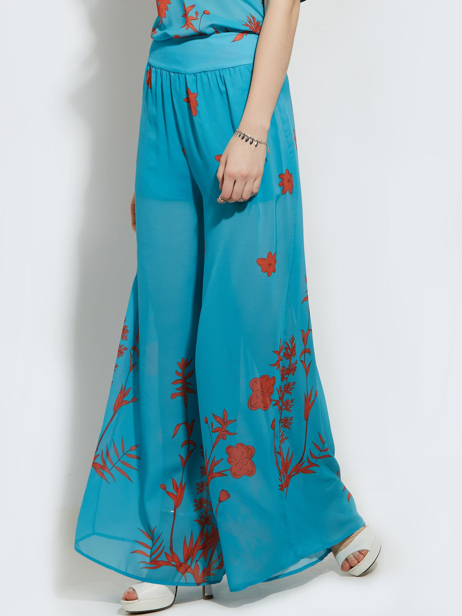 Chicloth blue and red flowers trousers