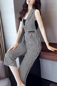 A| Chicloth Sleeveless Striped Elegant Printed Lapel Jumpsuit