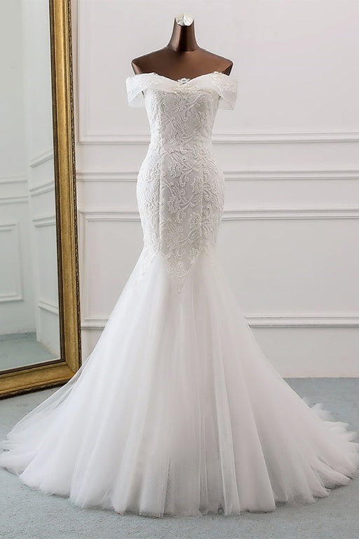 Chicloth New Style Boat Neck Sequined Lace Wedding Dress
