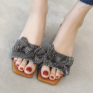 Chicloth Checkered Daily Bowknot Slipper