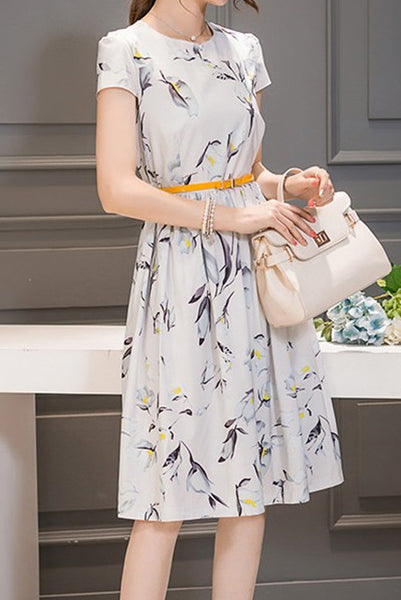 A| Chicloth Floral Drop waist Short Sleeve Knee-Length A-line Dress