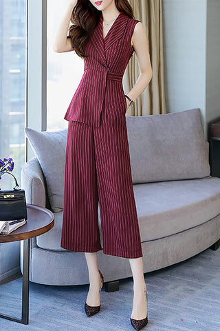A| Chicloth Striped Elegant Lapel Printed Sleeveless Jumpsuit