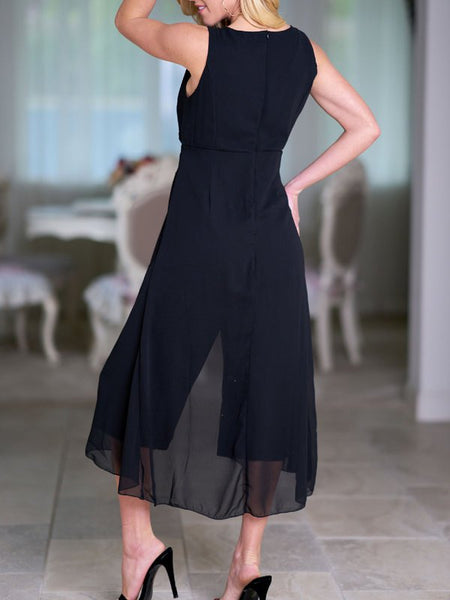A| Chicloth Black Solid V neck Paneled Casual Sleeveless Jumpsuit