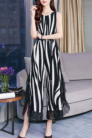 c26a6b83c7ef Chicloth Black-white V neck Printed Sleeveless Striped Jumpsuit-Chicloth