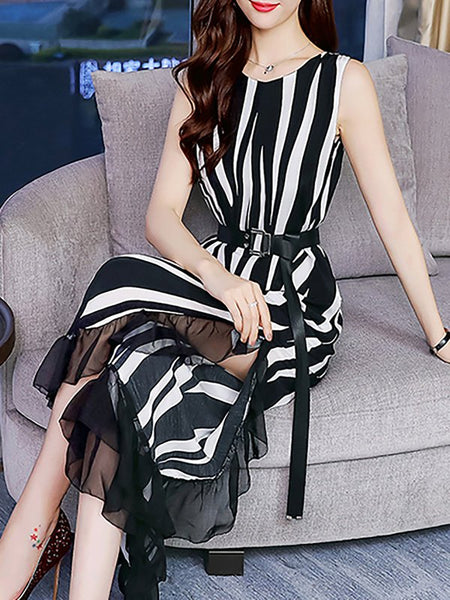 Chicloth Black-white V neck Printed Sleeveless Striped Jumpsuit
