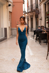 AA| Chicloth Minimal Mermaid Gown With Stunning Strappy Back