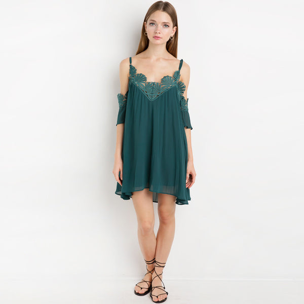 Chicloth Bare shoulder Lace Mini Slip Dress