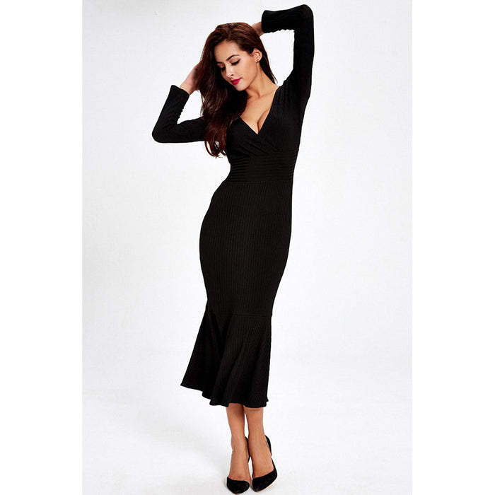 Chicloth Deep V-neck Knitted Solid Black Dress-Chicloth