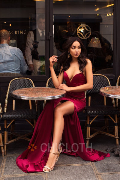AA| Chicloth Dramatic V Shaped Neckline Prom Dresses With A Side Slit