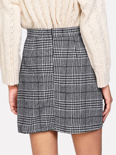 Load image into Gallery viewer, Zip Back Wales Check Skirt