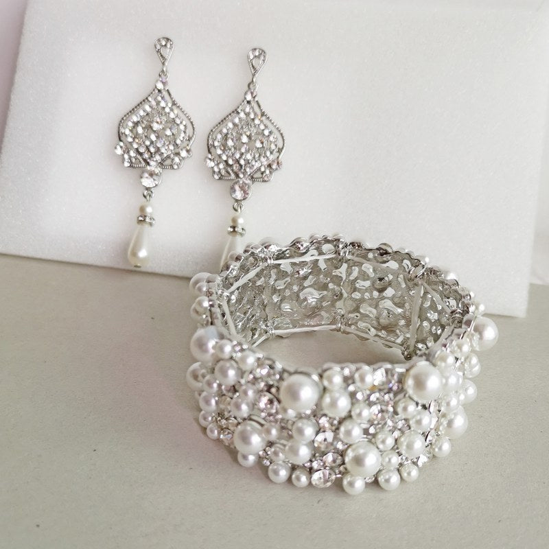 Pearl bridal bracelet and earrings set bridesmaids gifts