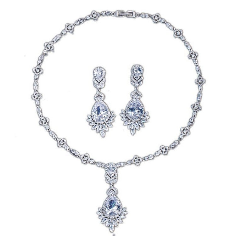 "silver celebrity bridal jewelry set ""Tracey"""