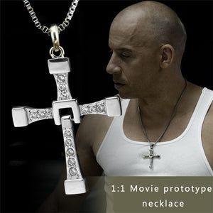 FAST & FURIOUS DOMINIC TORETTO / VIN DIESEL SILVER PLATED CROSS NECKLACE FOR MEN