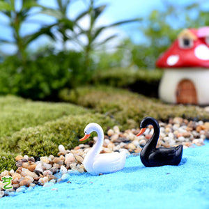 White/Black Swan Miniature Figurine