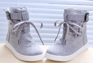 Lacing high canvas shoes