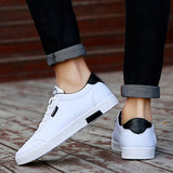 Breathable flat casual men's shoe