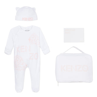 Welcome Baby Pink Logo Footie & Accesory Set