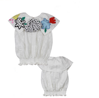 Chikita White Sleeveless Blouse With Flowers