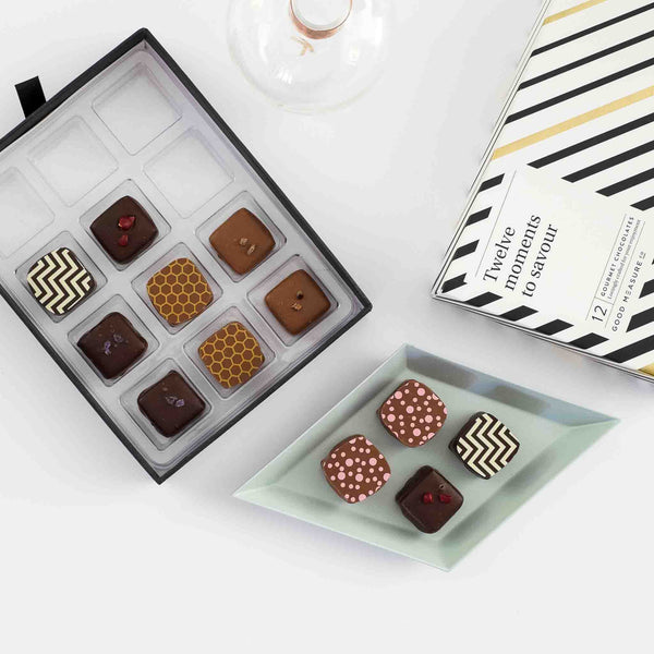 Twelve moments to savour <br> 12 Chocolate Truffles