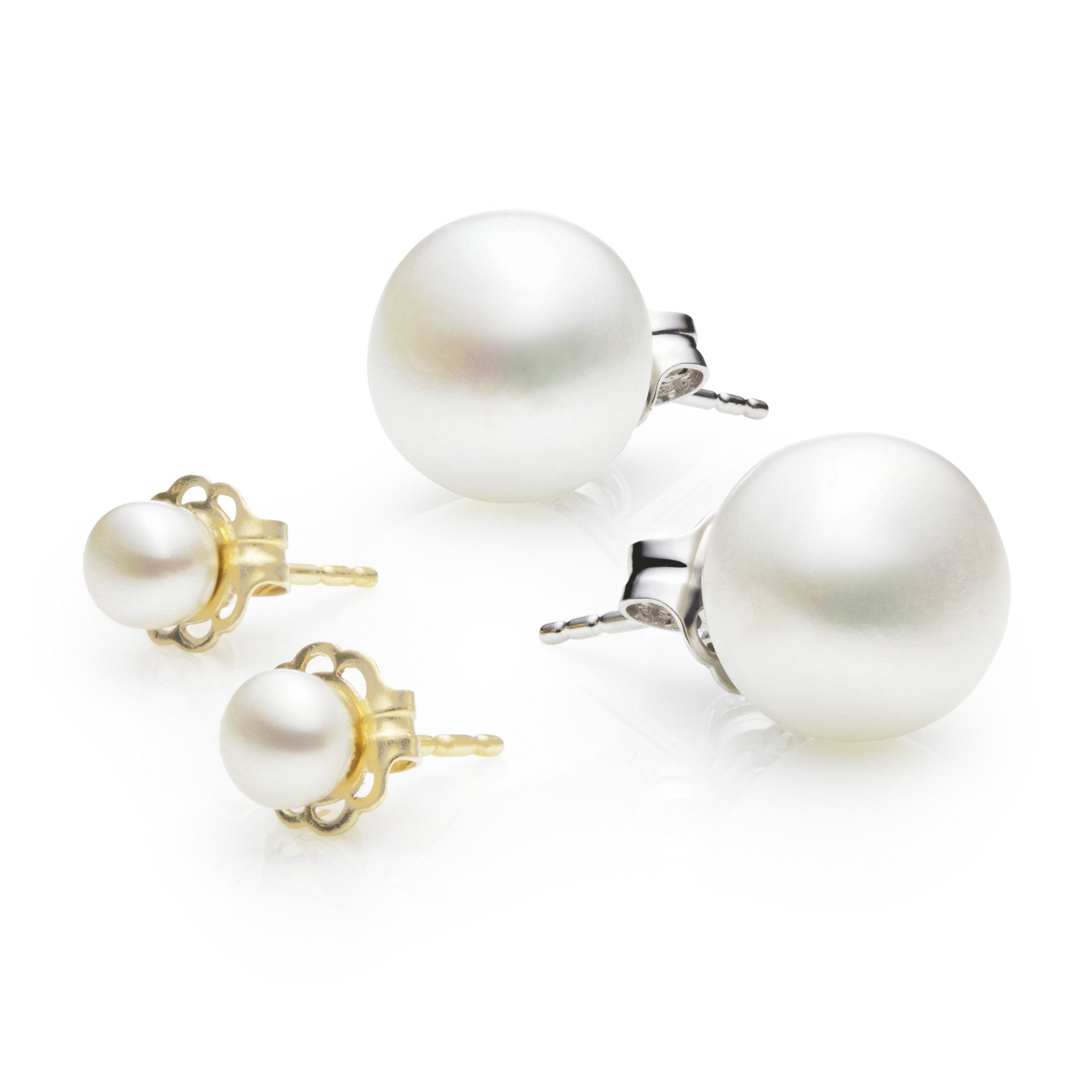 akoya gold yellow cultured stud pearl in earrings default