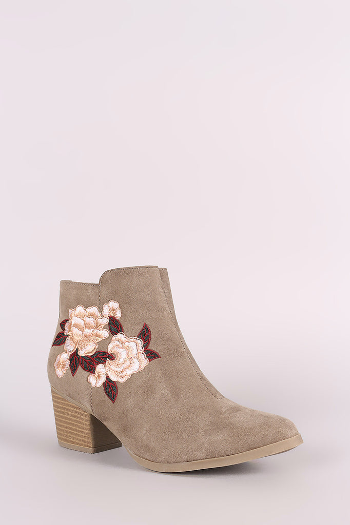Qupid Suede Embroidery Floral Chunky Heeled Booties