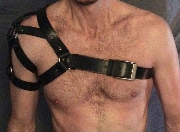 Fetish Men Leather Harness Belts Adjustable Gothic Leather Tops Body Bondage Gay Chest Harness Strap Rave Costumes for BDSM Sex