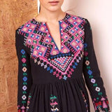 Summer new Bohemian tourist holiday beach dress heavy industry embroidery ethnic wind v-neck dress