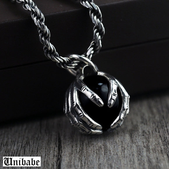 Pure Silver Sterling 925 Silver Fashion Retro Black Garnet Hand Holding Bead Men S925 Pendant