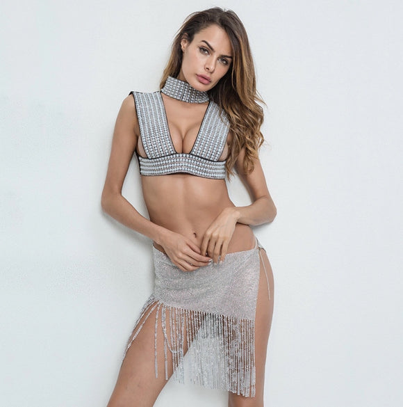 Deep-V Choker Crop Top/Metallic Fringe Skirt (Pearl/Gold/Silver)