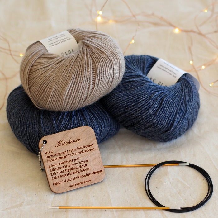 Beginner's Sock Knitting Kit | Deluxe