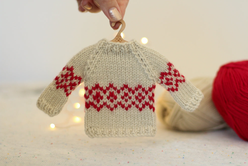 Mini Jumper (Sweater) Ornaments | Complete Knitting Kit