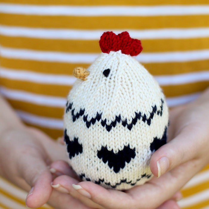 Peckish (the little hen) | PDF Knitting Pattern