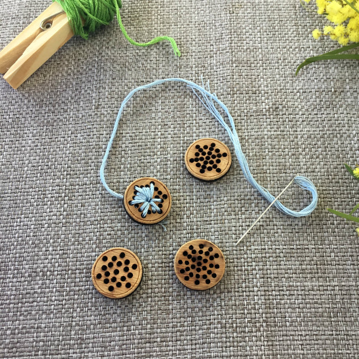 Set of 4 Stitchable Snowflake Buttons - Washable Bamboo
