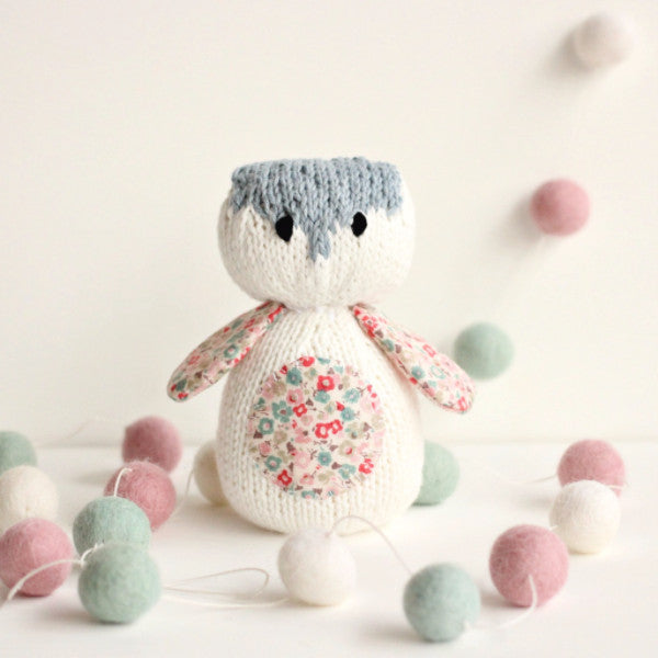 PDF Knitting Pattern - Little Picnic Owl - Instant Download