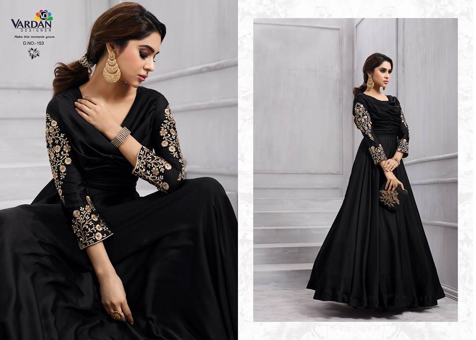 GRACEFUL  DESIGNER GOWN