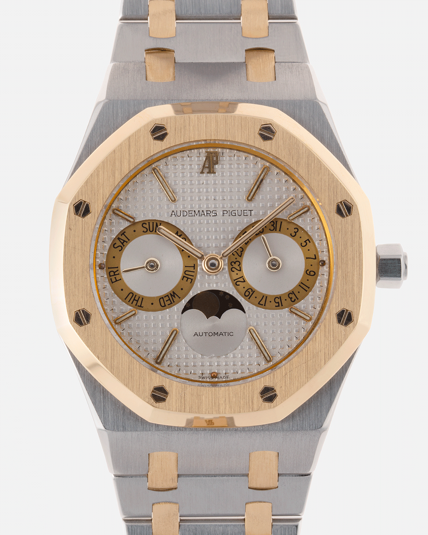 Brand: Audemars Piguet Year: 1980's Model: Royal Oak Reference Number: 25594 Material: Stainless Steel and 18k Yellow Gold Movement: Cal 2124 Case Diameter: 36mm Bracelet: Audemars Piguet Stainless Steel Integrated Bracelet