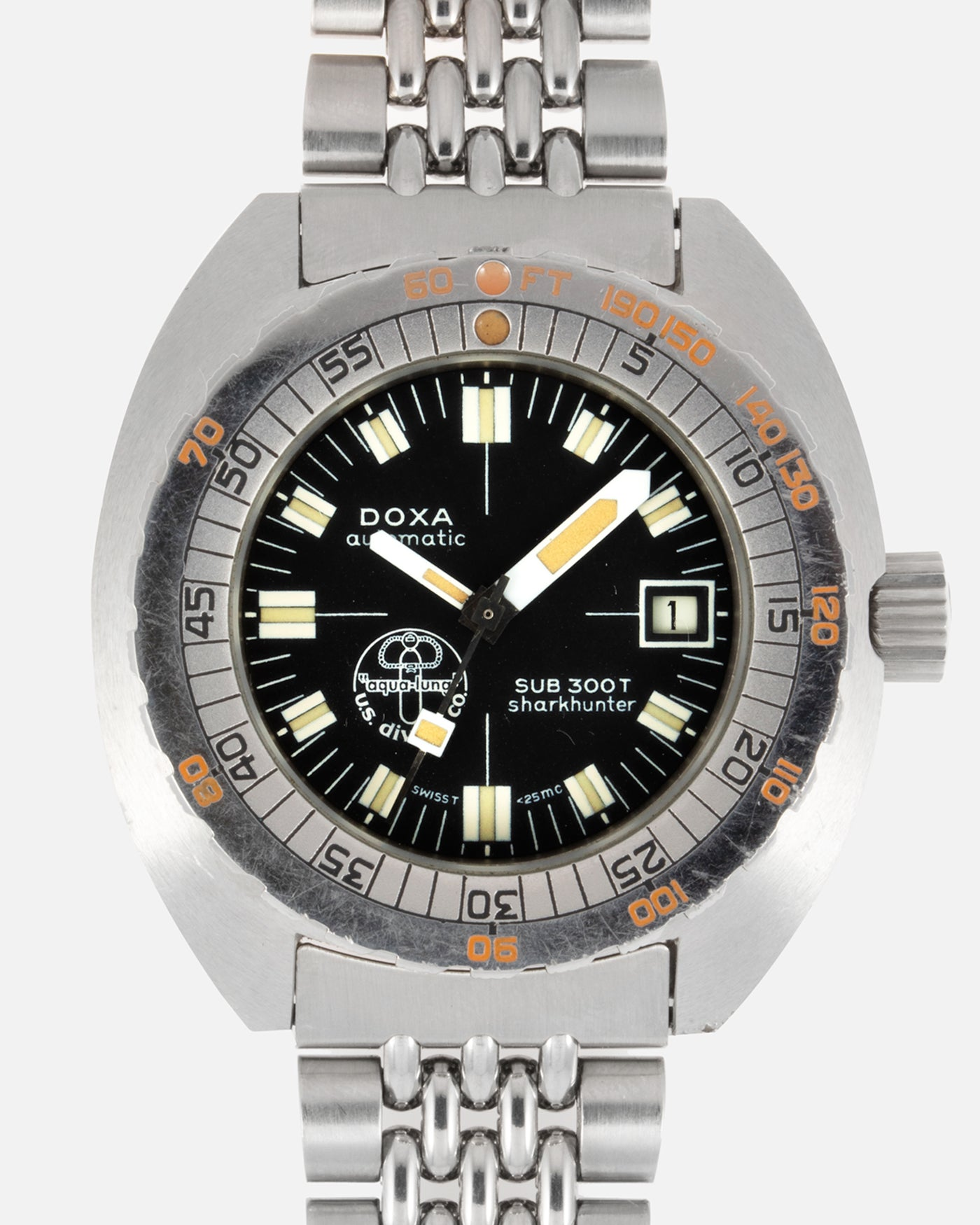 Doxa Sub 300T Sharkhunter Aqua Lung