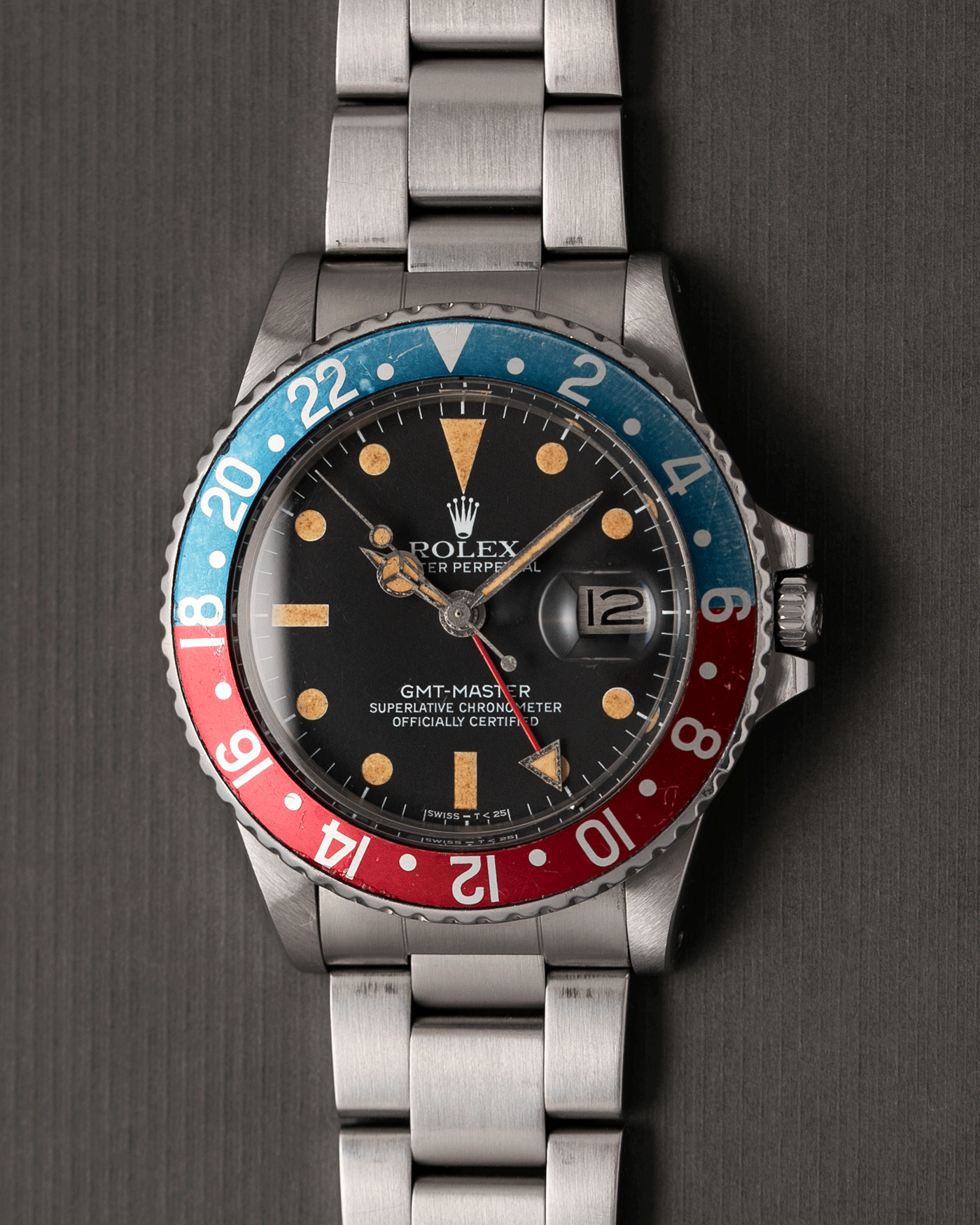 Brand: Rolex Year: 1977 Model: GMT-Master Reference Number: 1675 Serial Number: 519XXXX Material: Stainless Steel Movement: Cal. 1570 Case Diameter: 40mm Lug Width: 20mm Bracelet: Rolex 78360 Heavy Oyster Bracelet with 580 Endlinks and 'A' Stamp