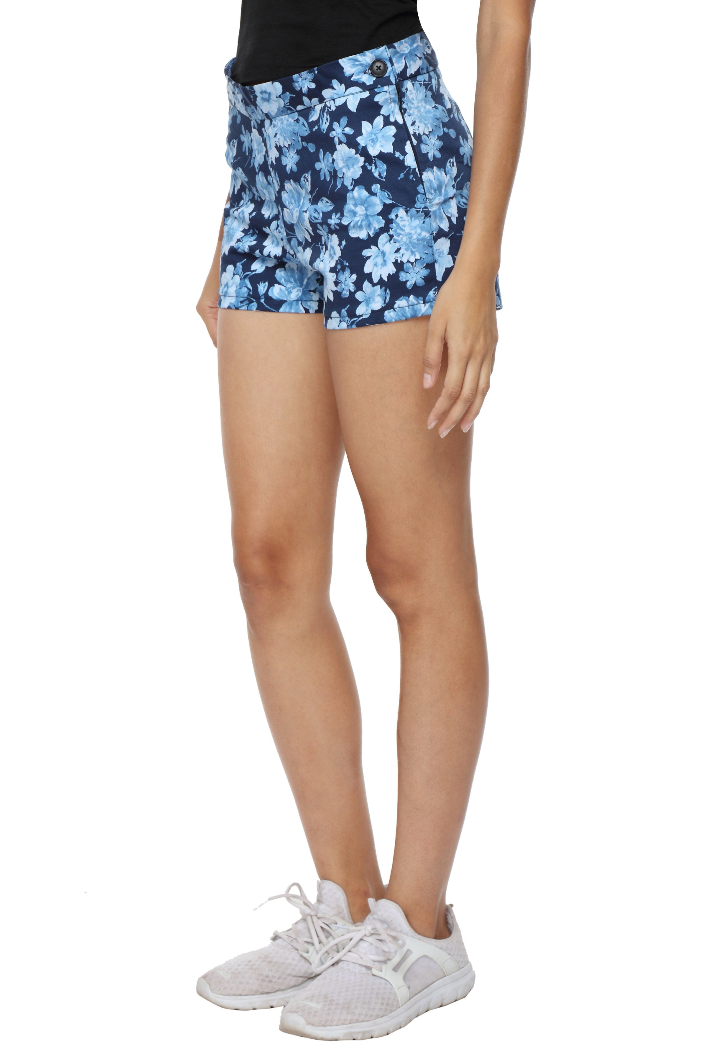 High Waist Shorts in Blue Floral Side