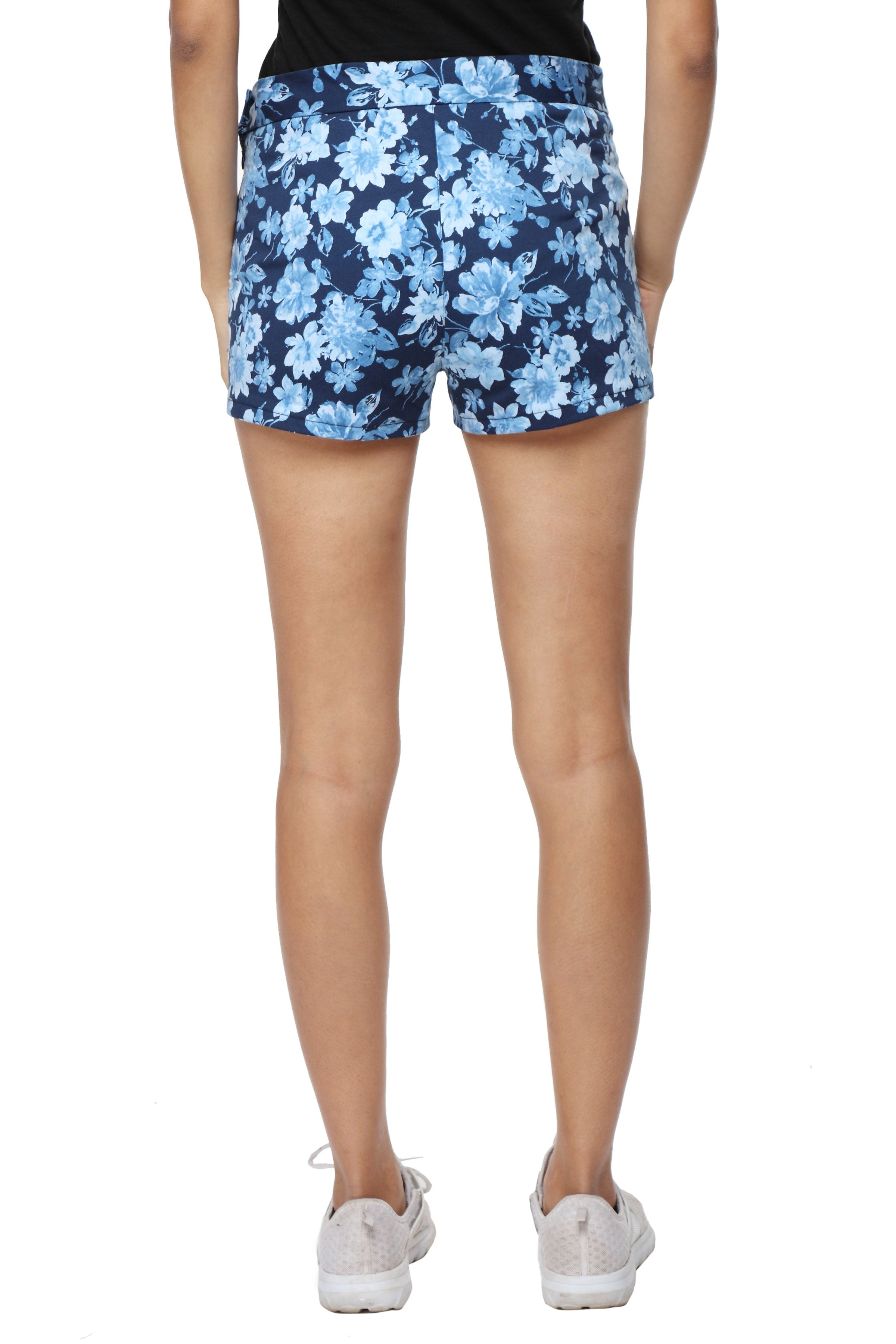 High Waist Shorts in Blue Floral Back