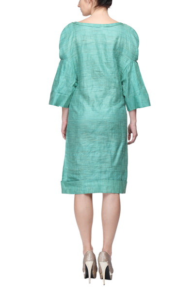 Fitted Dress With Pleated Kimono Sleeves Back