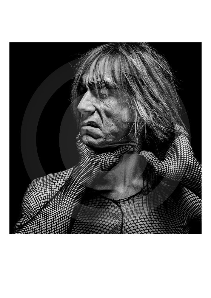 Iconic collectors Limited Edition print of music legend Iggy Pop by British photographer Gavin Evans. Portrait shot in Manhattan, New York, 1998.