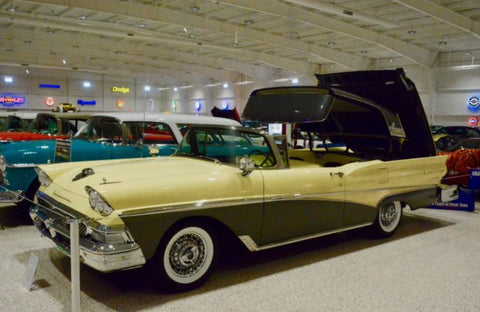 Museo de autos de colleccion muscle cars - Ford Thunderbird