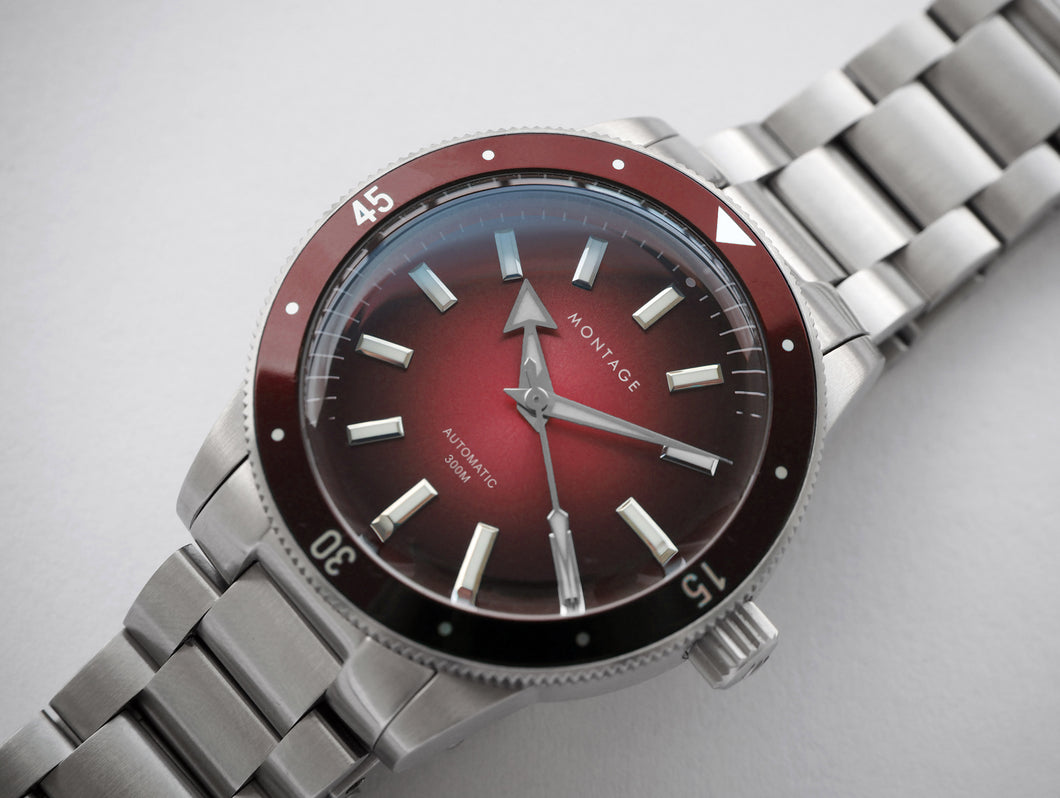 [PRE-ORDER] Montage Diver Autumn Red