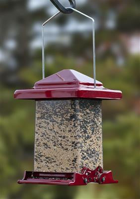 Red Vista Squirrelproof Feeder