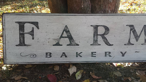 Farmhouse Bakery Wood Sign - Antique Style