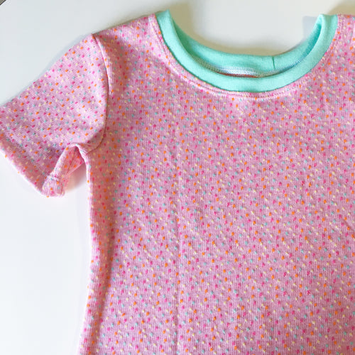 Sz 5/6 Dotty Pink Tee